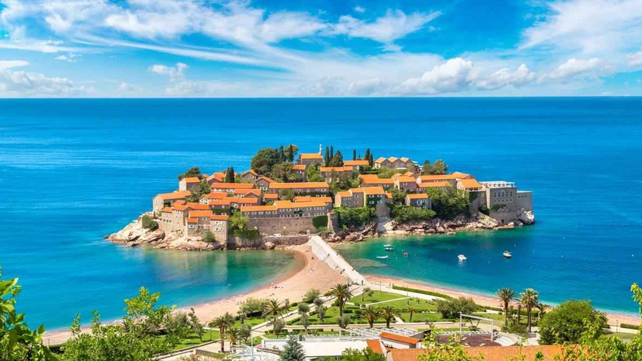 Esplora in Montenegro