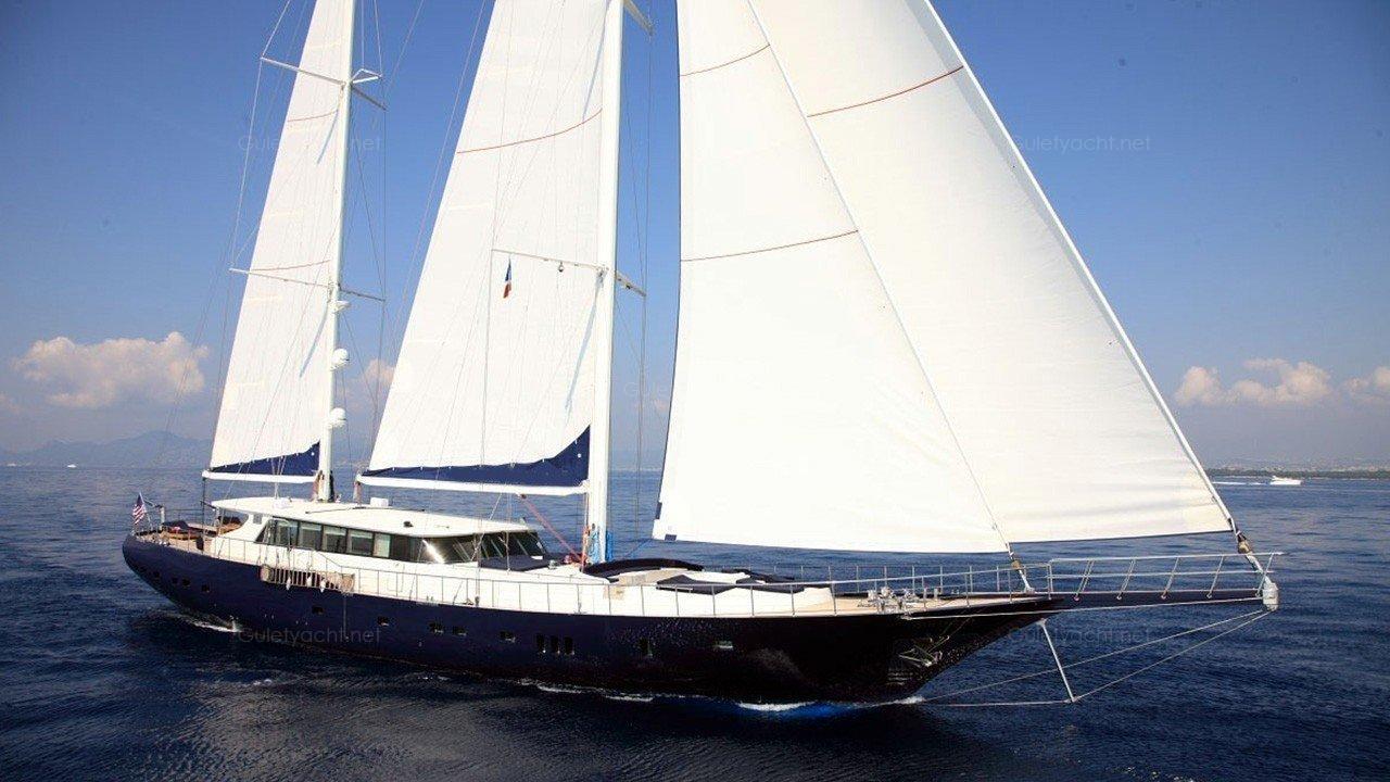 PEM-6 Barca a vela