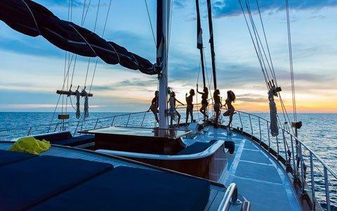 Noleggio caicco turchia barca a vela in grecia for Noleggio cabina breckenridge