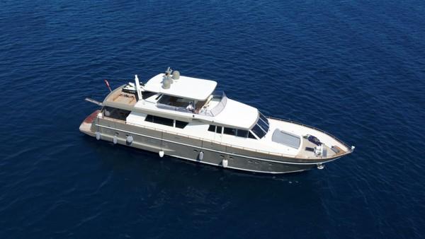 Bona Dea Motor Yacht