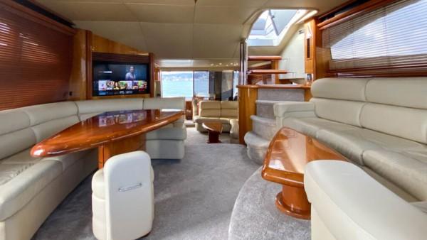 Motor Yacht Torini