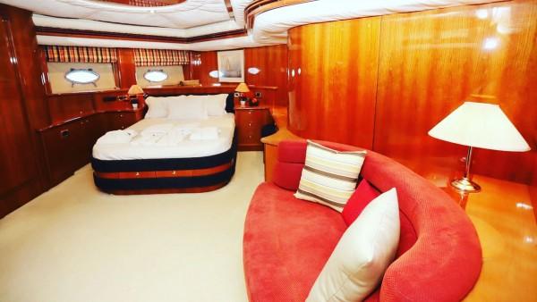 Motor Yacht Vogue