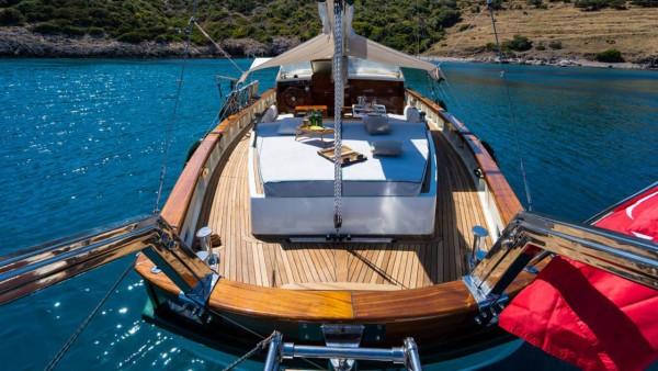 Barca a vela A.Eser