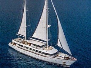 Aiaxaia Barca a vela