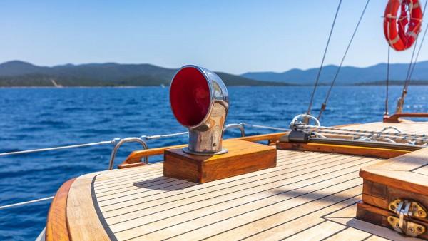 Barca a vela  Providenca